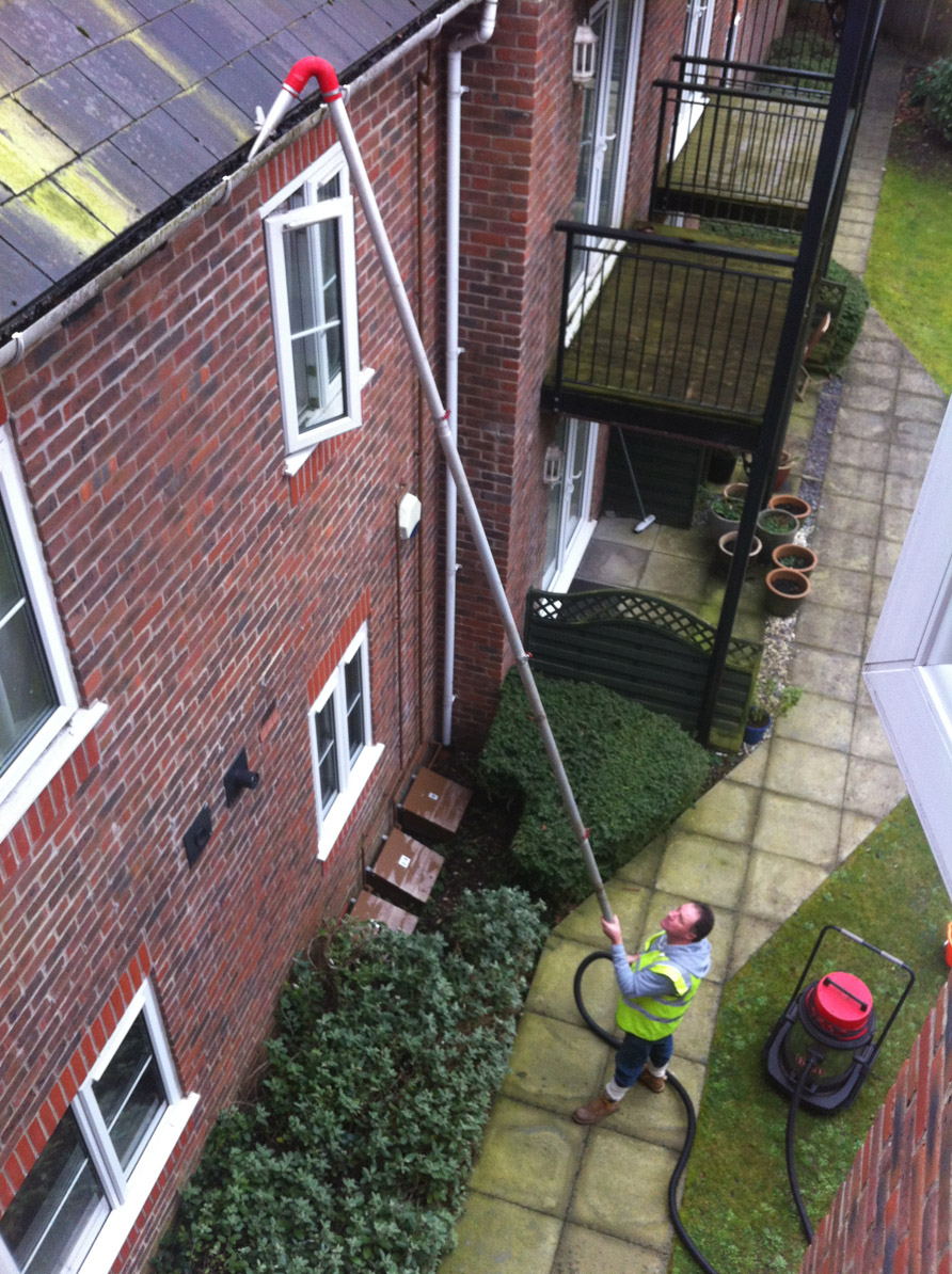 Gutter Cleaning - Carpet Cleaner Torquay